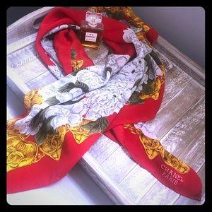 CHANEL vintage silk scarf 💋